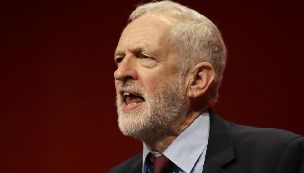 Labour-leder Jeremy Corbyn er ikke fornøyd med det statsminister Boris Johnson har oppnådd i Brussel. Foto: Kirsty Wigglesworth / AP / NTB scanpix