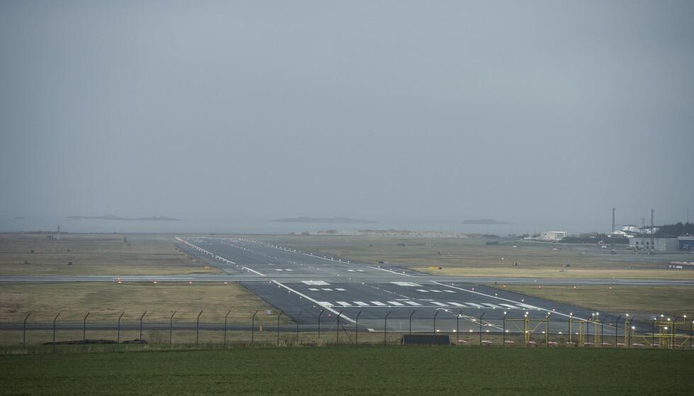 Stavanger lufthavn, Sola skal bli selvforsynt med fornybar energi i 2025. Det skal skje gjennom en stor satsing på blant annet sol og vind. Investeringene skal klargjøre flyplassen for elfly-ruter. Foto: Carina Johansen / NTB scanpix