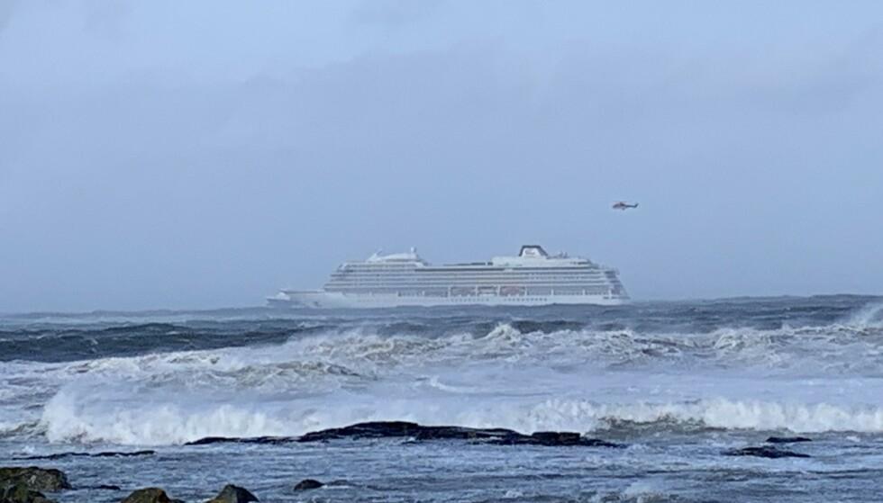 Cruiseskipet Viking Sky sendte ut maydaymelding 23. mars i år. Foto: Odd Roar Lange / NTB scanpix