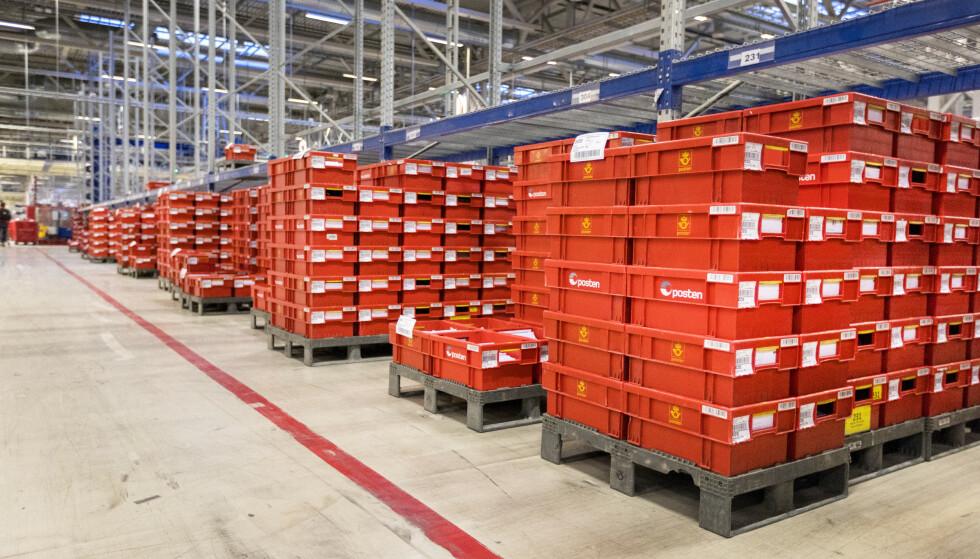 Postsortering på Postens Østlandsterminal på Lørenskog. Foto: Gorm Kallestad / NTB scanpix