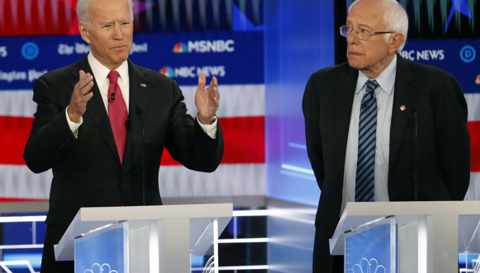 Joe Biden og Bernie Sanders i debatten mellom Demokratenes presidentkandidater i Atlanta i Georgia onsdag kveld. Foto: John Bazemore / AP / NTB scanpix