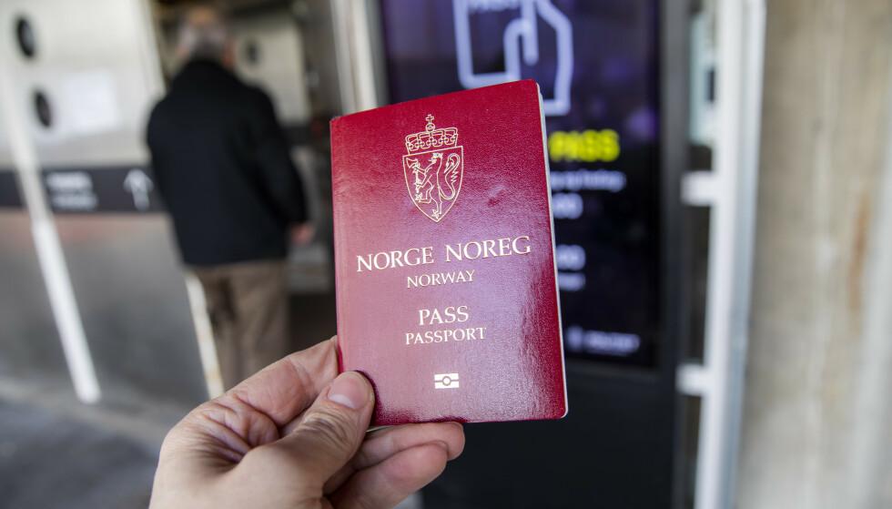 Det blir høyere gebyr for å få nytt pass fra nyttår. Foto: Håkon Mosvold Larsen / NTB scanpix