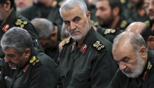 General Qasem Soleimani, som ledet Revolusjonsgardens elitestyrke, var sentral i Irans støtte til væpnede grupper i flere land. I en eventuell militær konflikt med Iran vil USA derfor stå overfor flere trusler i regionen.