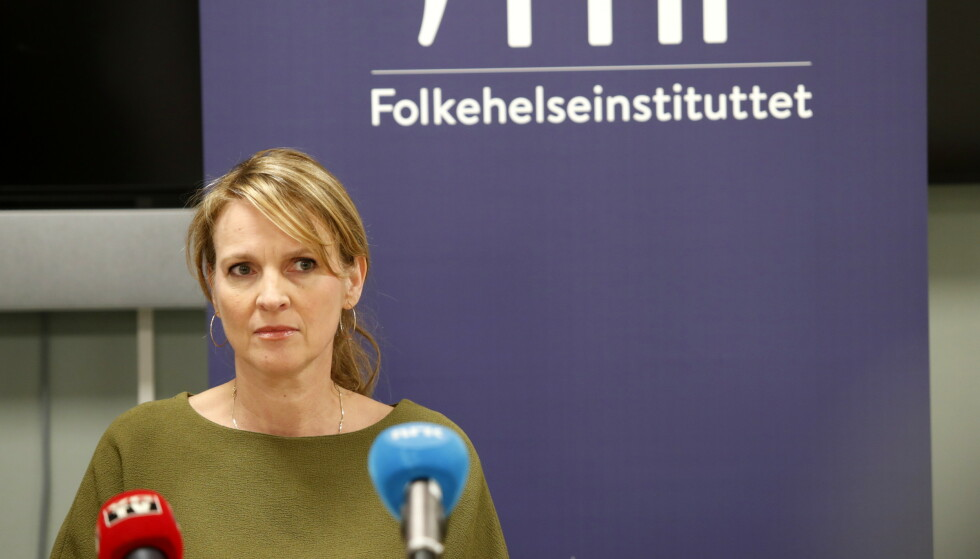 Avdelingsdirektør Line Vold i Folkehelseinstituttet sier at helsemyndighetene venter at smittespredningen kan gå over i en ny fase. Foto: Terje Bendiksby / NTB scanpix