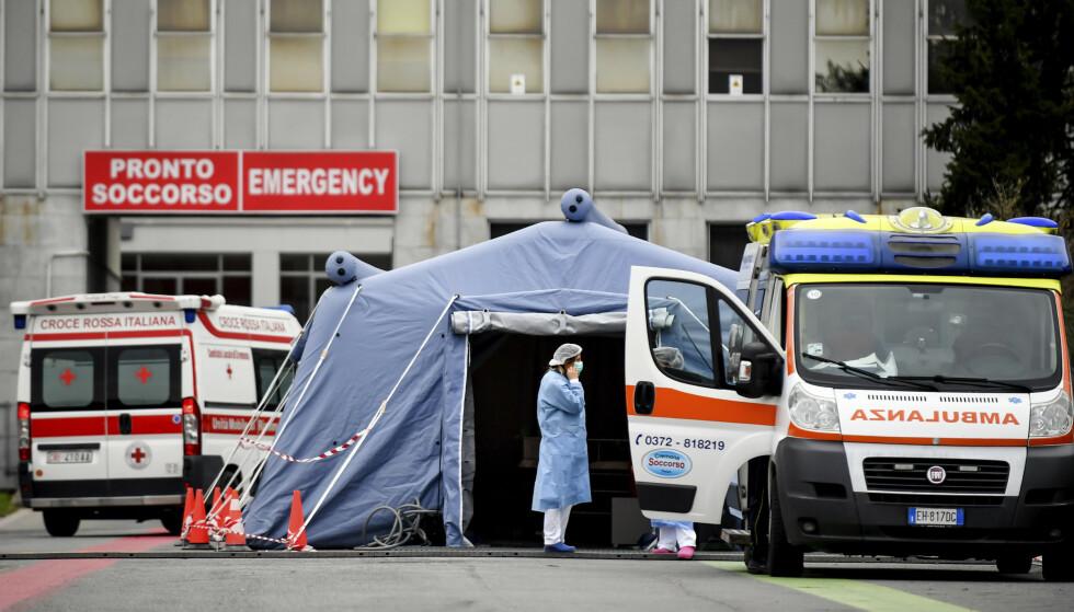 Italienske myndigheters beslutning om å sette en firedel av landets innbyggere i karantene, vil ikke hindre koronaviruset fra å spre seg, mener Sveriges tidligere statsepidemiolog, WHO-rådgiveren Johan Giesecke. Foto: AP / NTB scanpix