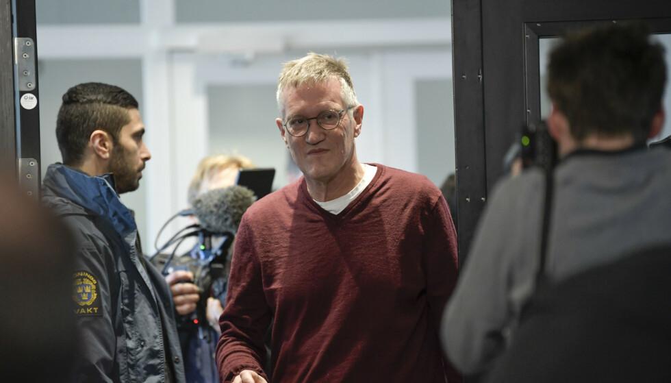 Statsepidemiolog Anders Tegnell ankommer torsdagens pressetreff med Folkhälsomyndigheten i Stockholm. Foto: Janerik Henriksson / TT / NTB scanpix