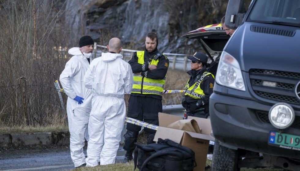 Tirhas Tekle Kifllay ble funnet død ved sjøen utenfor Trolla i Trondheim. Krimteknikere jobber på stedet. Foto: Ned Alley / NTB scanpix