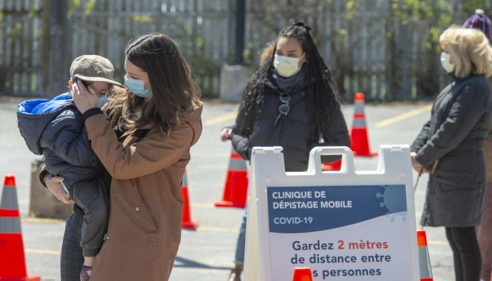 I oppropet krever verdensledere at teknologi for behandling, diagnostisering og vaksiner mot covid-19 må gjøres tilgjengelige for alle folk i alle land. Her testes pasienter i Montreal tidligere i uken. Foto: Ryan Remiorz / The Canadian Press / AP / NTB scanpix.