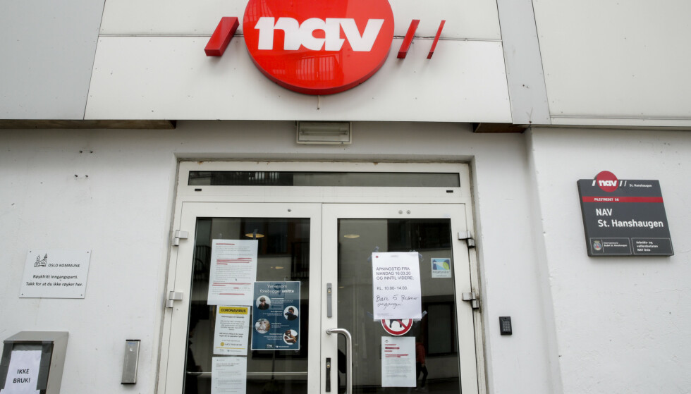 Det er stor pågang på Nav kontorer, her ved Nav kontoret St.Hanshaugen. Nav har i løpet av fem dager fått 45.000 søknader om dagpenger ved permittering Foto: Vidar Ruud / NTB scanpix