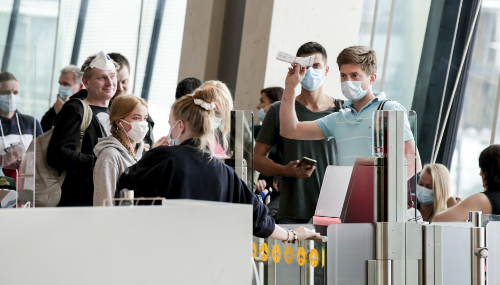 I Norge er det bare i forbindelse med flyreiser det anbefales bruk av munnbind. Foto: Vidar Ruud / NTB scanpix