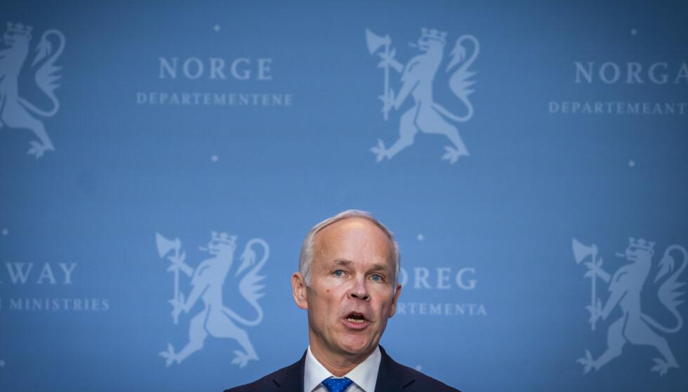 Finansminister Jan Tore Sanner (H) har utbetalt fem milliarder kroner i kontantstøtte til bedrifter. Foto: Heiko Junge / NTB scanpix