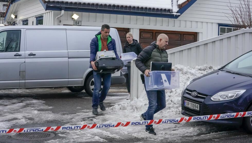 14. mars bar politiet ut beslag fra boligen til justisminister Tor Mikkel Wara (Frp) på Røa i Oslo. Foto: Heiko Junge / NTB scanpix