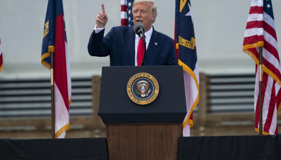 USAs president Donald Trump oppfordrer støttespillere til å forsøke å avlegge to stemmer ved høstens presidentvalg. Foto: Evan Vucci / AP / NTB scanpix