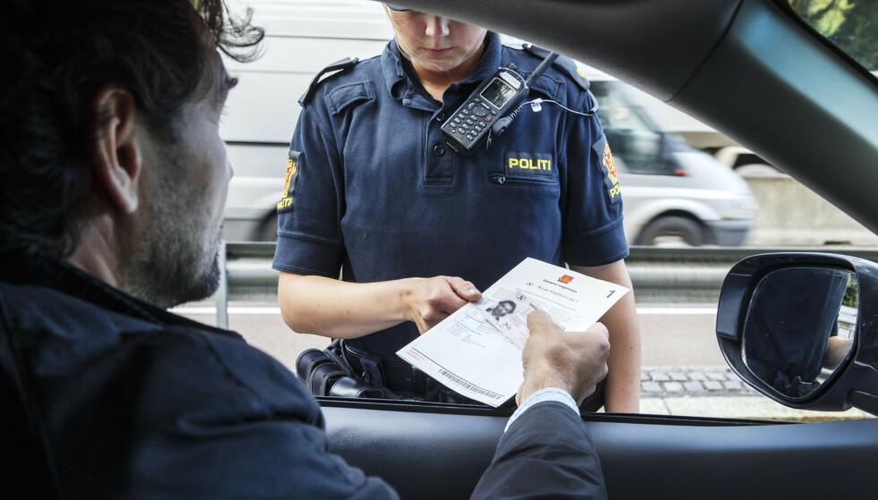 Politiet må ta flere saker om råkjøring til retten fordi fartssynderen ikke godtar midlertidig førerkortbeslag. Illustrasjonsfoto: Gorm Kallestad / NTB scanpix