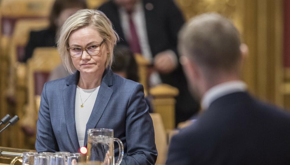 Ingvild Kjerkol og Bent Høie (foran) under Stortingets spørretime tidligere i år. Foto: Ole Berg-Rusten / NTB