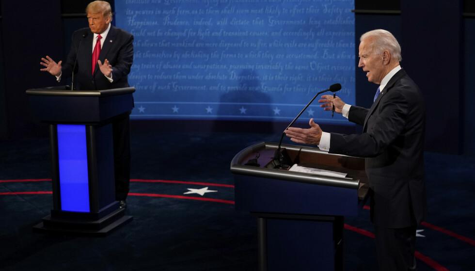 Den andre og siste debatten mellom president Donald Trump og Demokratenes kandidat Joe Biden er over, og det var en mer sivilisert debatt enn deres første møte. Foto: Morry Gash / pool via AP / NTB