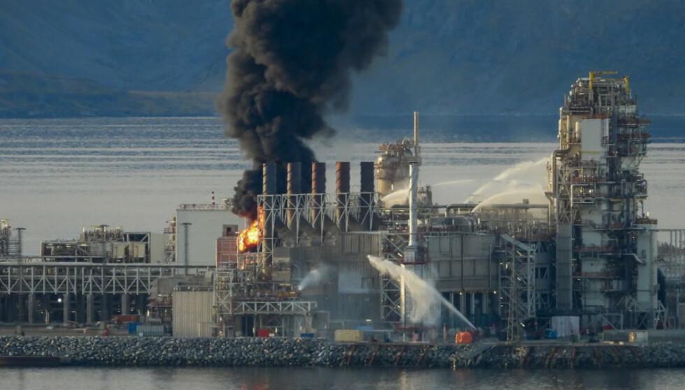 Equinors petroleumsanlegg på Melkøya vil være stengt i inntil 12 måneder for utbedringer etter brannen in september. Foto: Bjarne Halvorsen / NTB