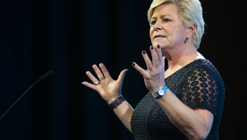 Frp-leder Siv Jensen vil at Norge skal stå skulder til skulder med Frankrike i sin kamp for sekulære verdier i den nye karikaturstriden. Foto: Berit Roald / NTB