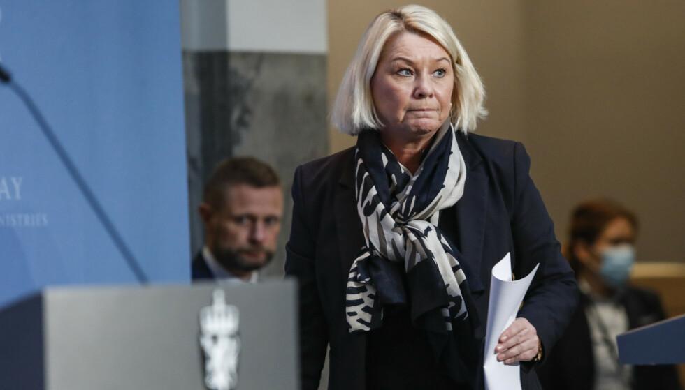 Justisminister Monica Mæland informerte mandag om egenandelen på karantenehotellene. Foto: Terje Bendiksby / NTB