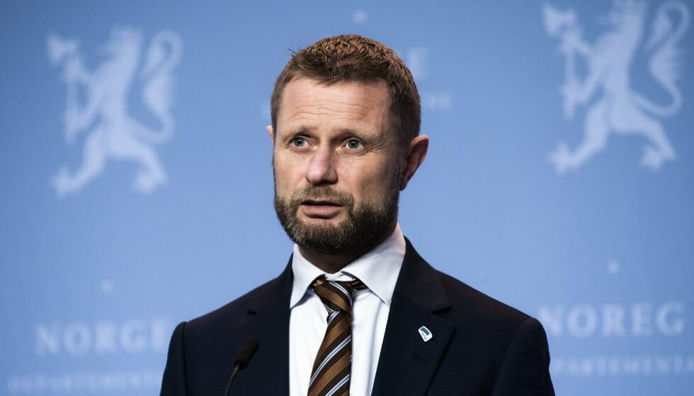 Helse- og omsorgsminister Bent Høie (H) mener koronaviruset er noe herk. Foto: Berit Roald / NTB
