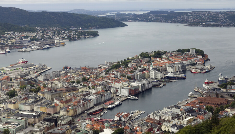13 personer får bot etter å ha deltatt på en fest i Bergen i helgen. Illustrasjonsfoto: Marianne Løvland / NTB