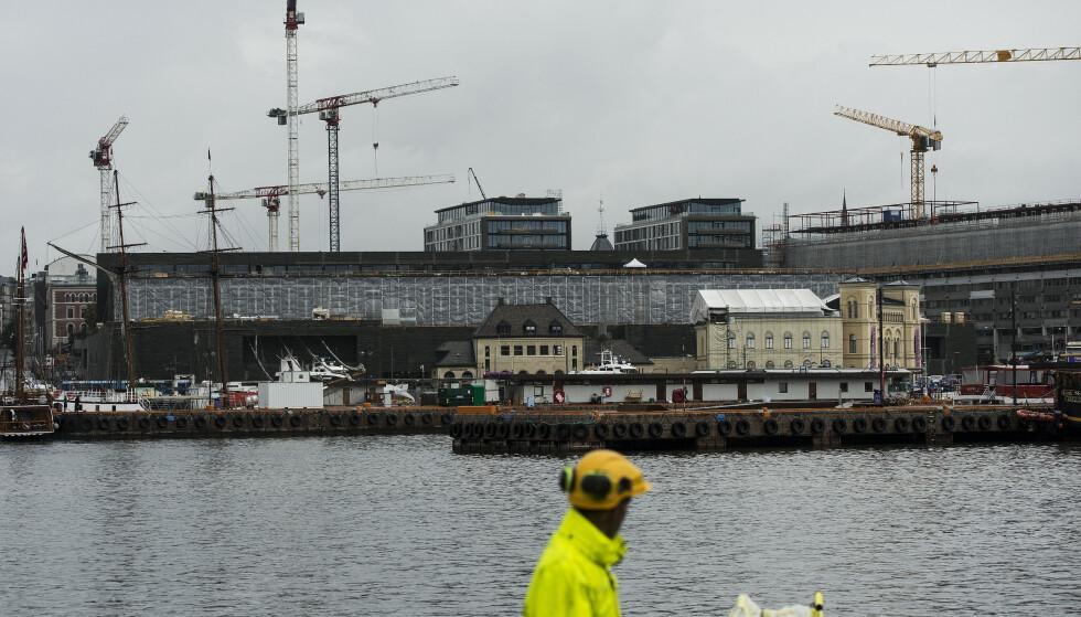 Det nye nasjonalmuseet mellom Aker Brygge og Rådhusplassen i Oslo, vil ikke åpne før 2022. Foto: Carina Johansen / NTB