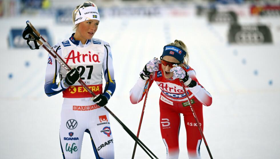 Det blir ikke mer verdenscup for Therese Johaug og de andre norske langrennsløperne før nyttår. Foto: Emmi Korhonen / Lehtikuva / NTB