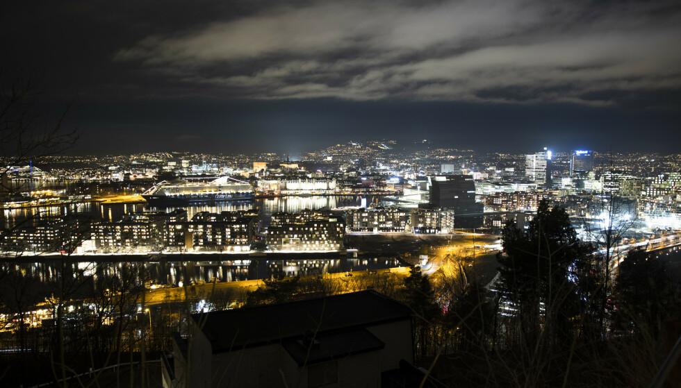 Det er registrert 135 nye coronasmittede i Oslo siste døgn. Snittet den siste uken er 125. Foto: Jil Yngland / NTB