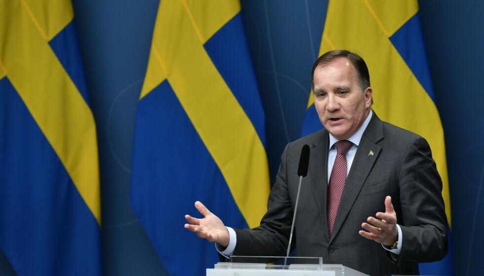 Sveriges statsminister Stefan Löfven under en pressekonferanse om coronasituasjoinen i Sverige. Foto: Henrik Montgomery/TT / NTB
