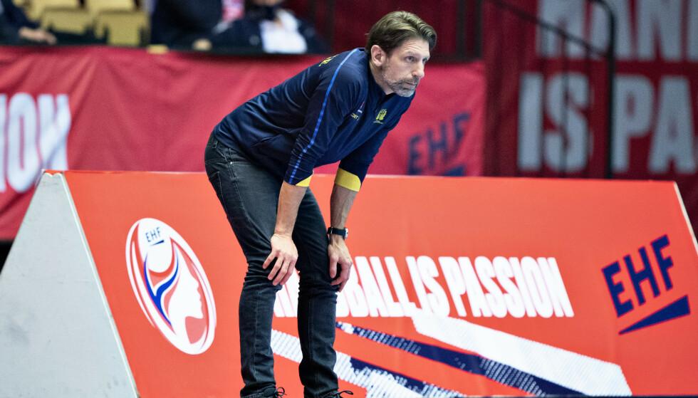 Sveriges EM-trener Tomas Axnér er oppgitt etter nye kampdager. Foto: Henning Bagger/Ritzau Scanpix via AP)