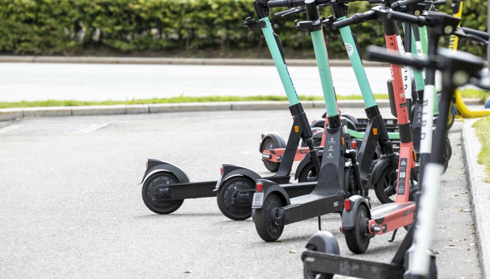 Elsparkesyklene skal nå få regelverk, håper Samferdselsdepartementet. Foto: Terje Pedersen / NTB