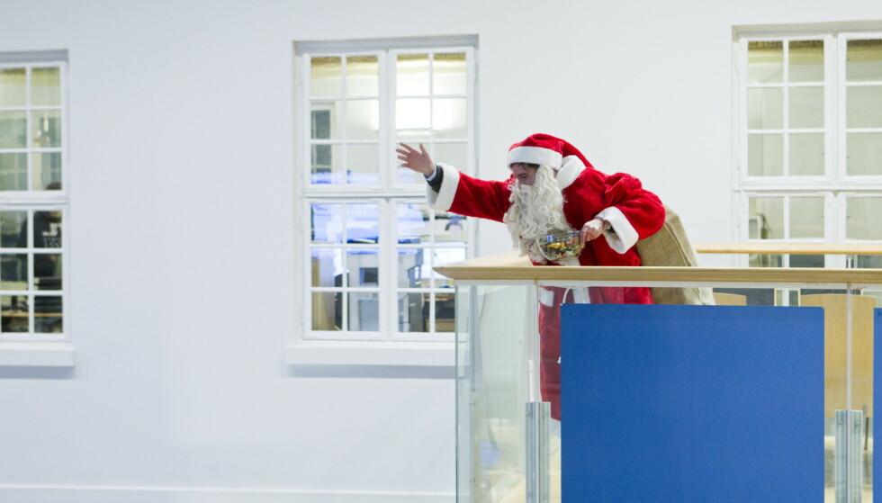EU gir julenissen fritak fra coronarestriksjonene, slik at han fritt kan reise rundt for å levere gaver. Illustrasjonsfoto: Berit Roald / NTB