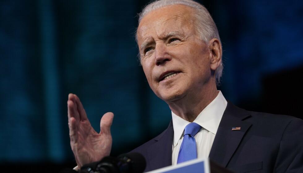 Påtroppende president Joe Biden taler etter at valgkollegiet formelt har valgt ham til president. Foto: Patrick Semansky / AP / NTB
