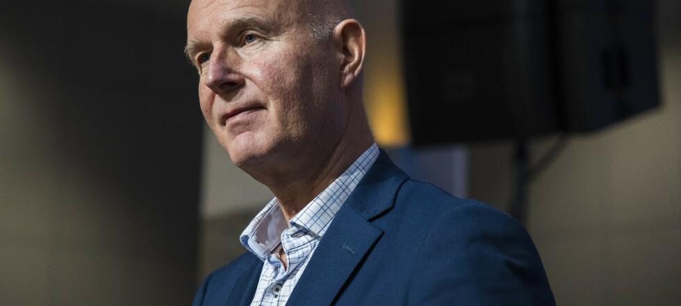Helsedirektør Bjørn Guldvog: Vi vil se på muligheten for obligatorisk testing på grensen