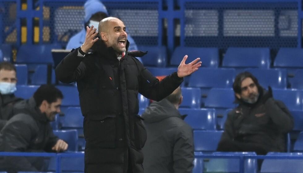 De siste dagene av 2020 ble det satt ny smitterekord i Premier League. Manchester City-manager Pep Guardiola er blant dem som har fått mange koronatilfeller den siste tiden. Foto: Shaun Botterill, Pool via AP / NTB