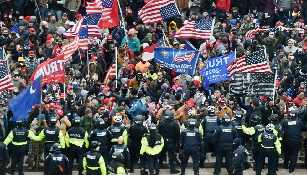 Trump-supportere stormet den amerikanske kongressen onsdag, 6. januar 2021. Foto: Olivier DOULIERY / AFP