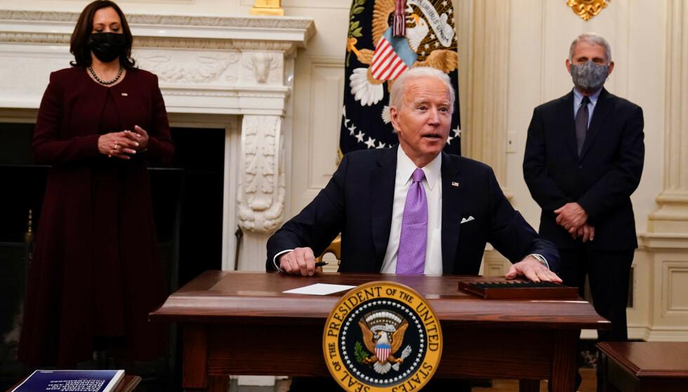 President Joe Biden har gjeninnført innreiseforbud for personer som blant annet har vært i Norge og 27 andre europeiske land, samt Brasil og Sør-Afrika. Foto: Alex Brandon / AP / NTB