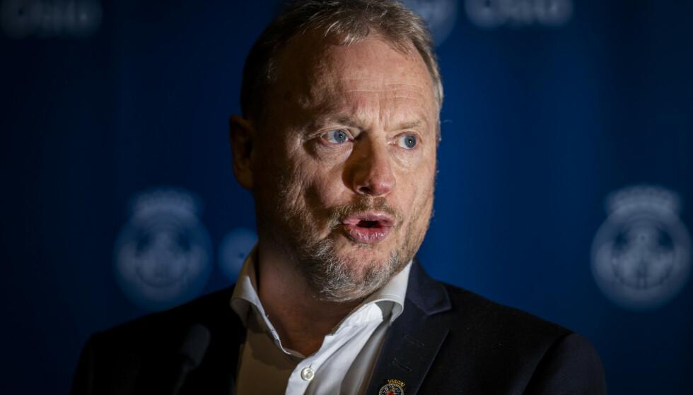 Byrådsleder Raymond Johansen i Oslo ser med uro på flytrafikken inn til Oslo fra byer og land i Europa med stor smittespredning. Foto: Heiko Junge / NTB