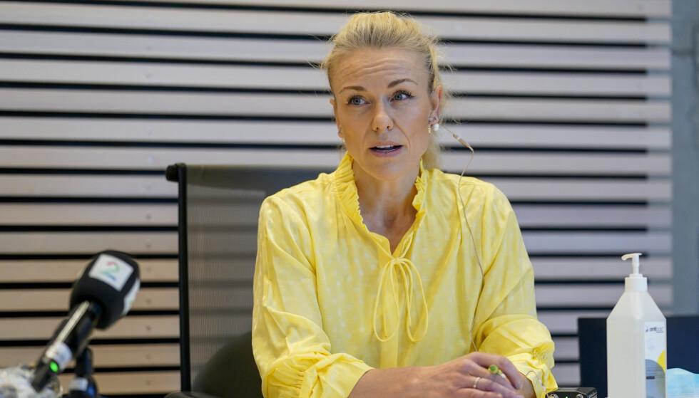 Kommuneoverlege Kerstin Anine Johnsen Myhrvold bekreftet på en pressekonferanse tirsdag at koronautbruddene i Nordre Follo kommune har forgreininger til minst seks andre kommuner. Foto: Fredrik Hagen / NTB