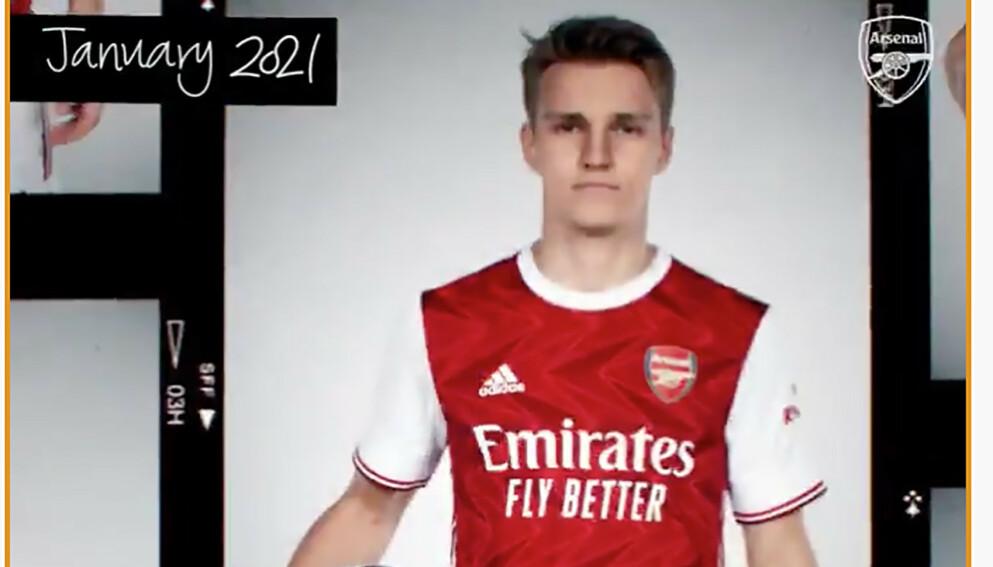 Martin Ødegaard presenteres i Arsenal-drakt på London-klubbens Twitter-konto. Foto: Twitter/faksimile / NTB