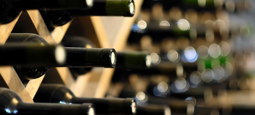 12 flasker vin tilbake på jorda etter 438 dager i verdensrommet