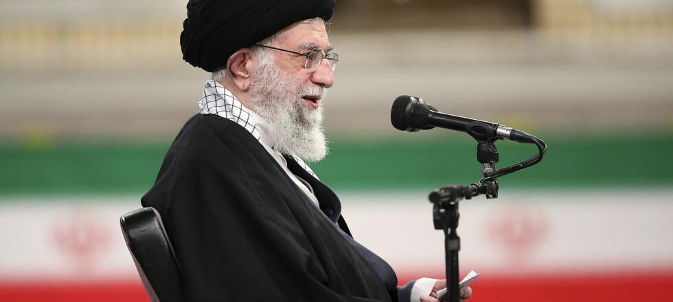 Iran vil slutte seg til atomavtalen hvis USA opphever sanksjonene