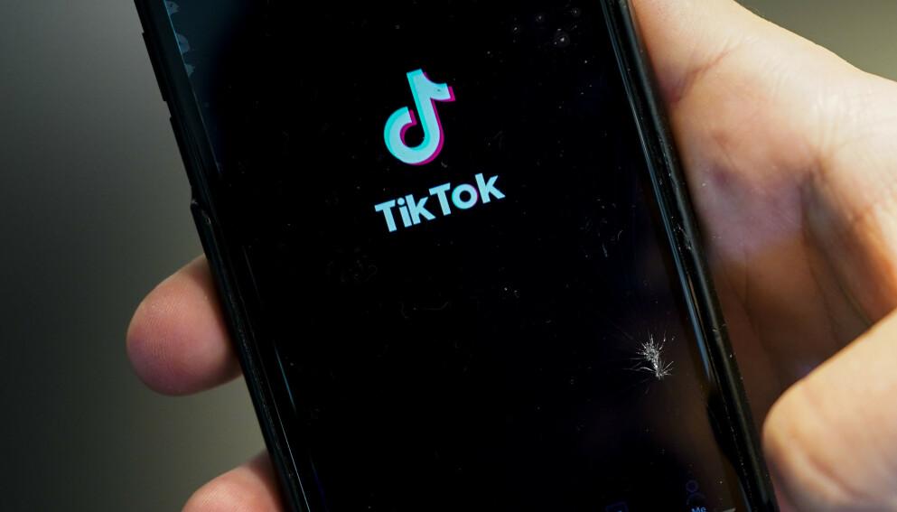 I en ny rapport avdekkes hvordan Tiktok gjør det mulig å målrette reklame mot barn. Nå er de klaget inn til det europeiske nettverket av forbrukertilsyn og til EU-kommisjonen. Foto: Lise Åserud/NTB
