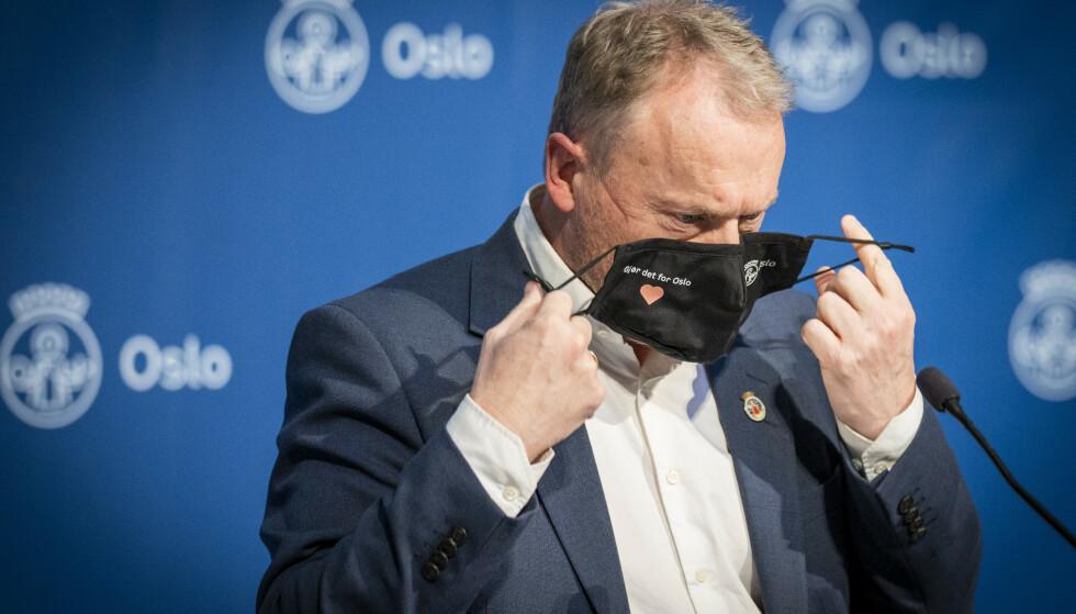 Antallet smittede i Oslo økte i forrige uke. Her er byrådsleder Raymond Johansen (Ap). Foto: Heiko Junge / NTB
