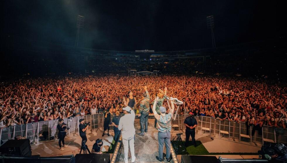 32.000 tilskuere var 13. februar samlet på Sky stadium i Wellington, New Zealand for å se og høre bandet SIX60. (Foto: Shutterstock/NTB)