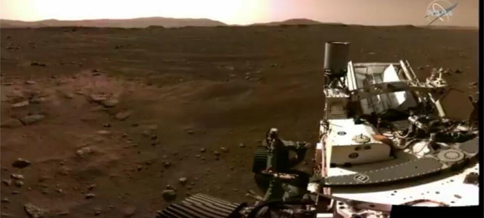 Unike bilder fra Mars-landing