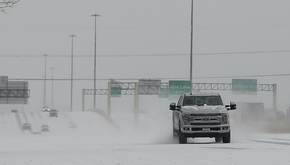 En snødekt motorvei i Houston i Texas mandag i forrige uke. Foto: Yi-Chin Lee / Houston Chronicle / AP / NTB scanpix