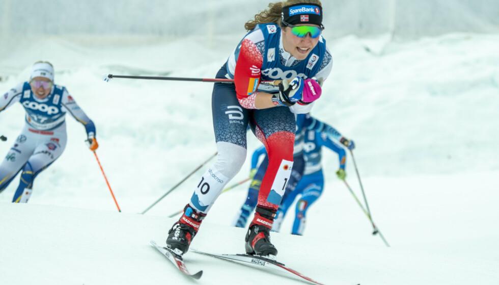 Helene Marie Fossesholm kjørte inn til en sterk sjetteplass under 15 km med skibytte i VM på ski lørdag. Foto: Terje Pedersen/NTB