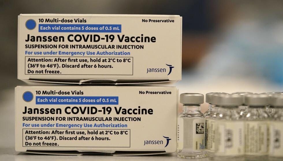 Johnson & Johnsons covid-19-vaksine fikk tommelen opp fra EMA torsdag ettermiddag. Foto: David Zalubowski / AP / NTB