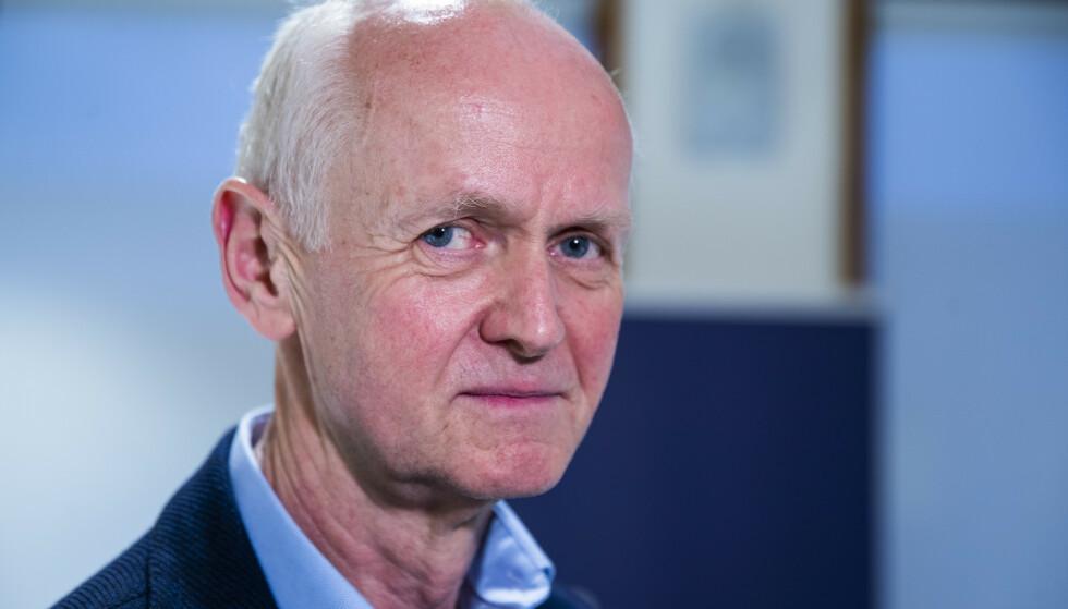 Geir Bukholm, smitteverndirektør ved Folkehelseinstituttet, sier gjenåpning først kan skje når vi ikke risikerer overbelastning av sykehusene. Foto: Terje Pedersen / NTB